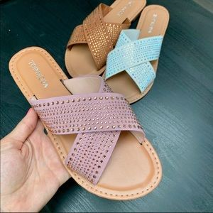 Shoes - AVAILABLE✨Rhinestoned Studded Sandal- TAN & BLUSH